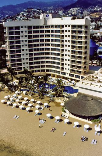 Qualton Club & Ritz Acapulco de Playa